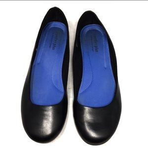 Comfort Plus by predictions Black Flats Size 8
